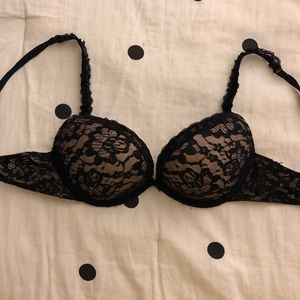 AERIE BLACK LACE PUSH UP BRA -WORN ONCE